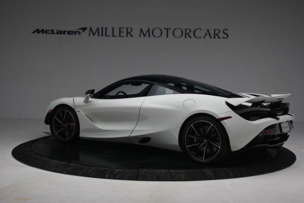 New 2021 McLaren 720S Performance for sale $352,600 at Alfa Romeo of Greenwich in Greenwich CT 06830 4