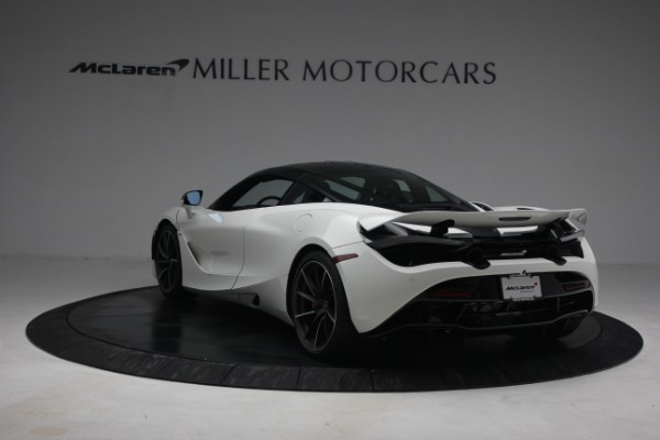 New 2021 McLaren 720S Performance for sale $352,600 at Alfa Romeo of Greenwich in Greenwich CT 06830 5