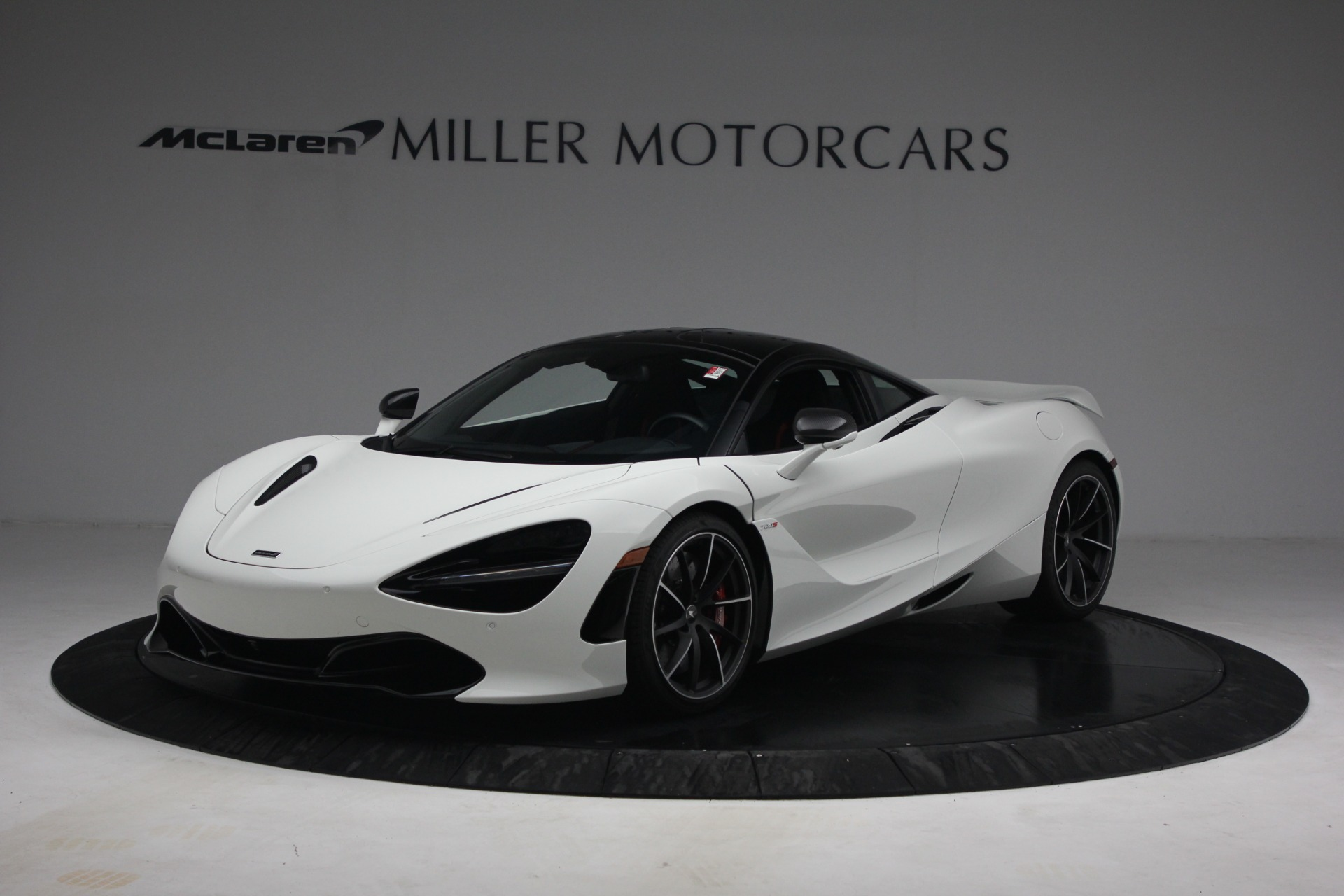 New 2021 McLaren 720S Performance for sale $352,600 at Alfa Romeo of Greenwich in Greenwich CT 06830 1