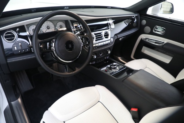 Used 2017 Rolls-Royce Ghost for sale $219,900 at Alfa Romeo of Greenwich in Greenwich CT 06830 11