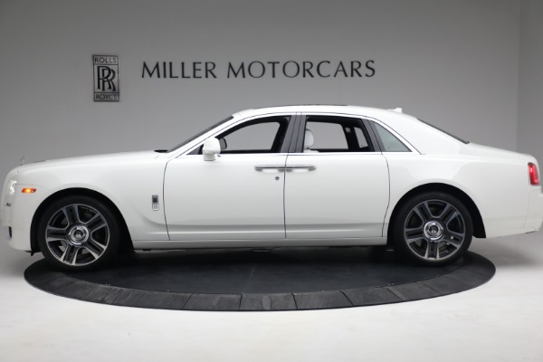 Used 2017 Rolls-Royce Ghost for sale $219,900 at Alfa Romeo of Greenwich in Greenwich CT 06830 3