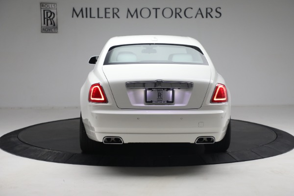Used 2017 Rolls-Royce Ghost for sale $219,900 at Alfa Romeo of Greenwich in Greenwich CT 06830 5
