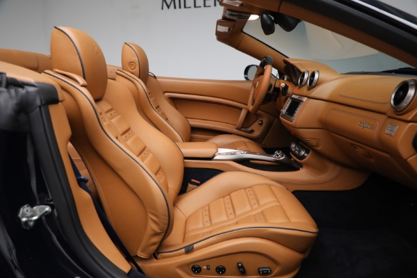 Used 2010 Ferrari California for sale Sold at Alfa Romeo of Greenwich in Greenwich CT 06830 23