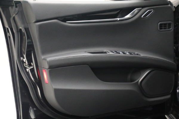 New 2021 Maserati Ghibli SQ4 for sale $92,894 at Alfa Romeo of Greenwich in Greenwich CT 06830 21