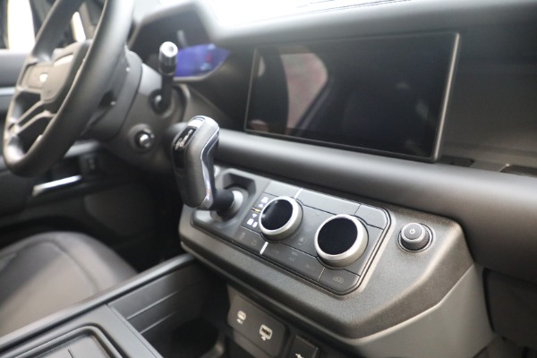Used 2021 Land Rover Defender 90 X for sale Call for price at Alfa Romeo of Greenwich in Greenwich CT 06830 20