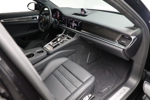 Used 2021 Porsche Panamera Turbo S for sale Call for price at Alfa Romeo of Greenwich in Greenwich CT 06830 26