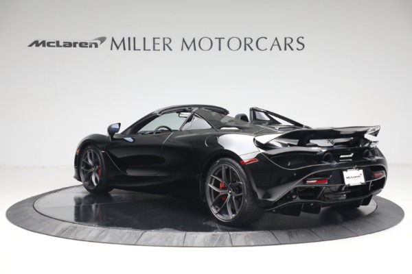 New 2021 McLaren 720S Spider for sale $374,120 at Alfa Romeo of Greenwich in Greenwich CT 06830 4