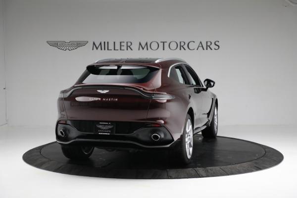 New 2021 Aston Martin DBX for sale $196,386 at Alfa Romeo of Greenwich in Greenwich CT 06830 6