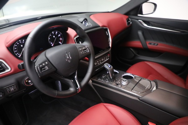 New 2021 Maserati Ghibli SQ4 GranLusso for sale Sold at Alfa Romeo of Greenwich in Greenwich CT 06830 13