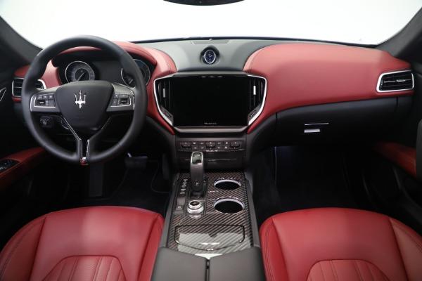 New 2021 Maserati Ghibli SQ4 GranLusso for sale Sold at Alfa Romeo of Greenwich in Greenwich CT 06830 16