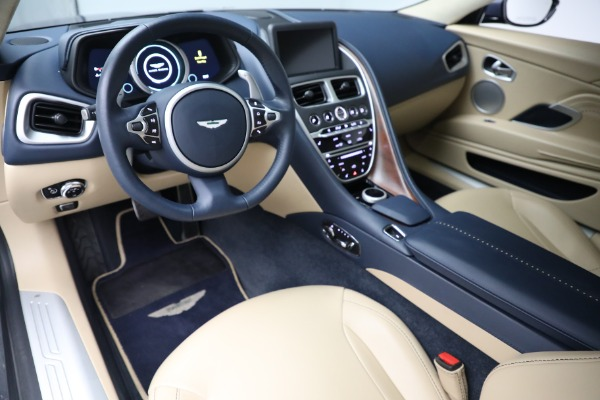 Used 2018 Aston Martin DB11 V12 for sale $164,990 at Alfa Romeo of Greenwich in Greenwich CT 06830 14