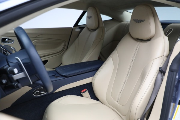 Used 2018 Aston Martin DB11 V12 for sale $164,990 at Alfa Romeo of Greenwich in Greenwich CT 06830 15