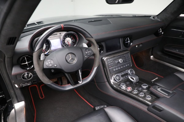 Used 2014 Mercedes-Benz SLS AMG GT for sale Call for price at Alfa Romeo of Greenwich in Greenwich CT 06830 17