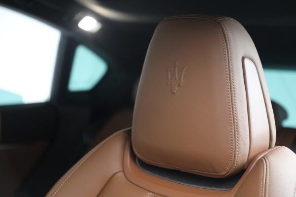 Used 2018 Maserati Levante GranSport for sale Sold at Alfa Romeo of Greenwich in Greenwich CT 06830 16