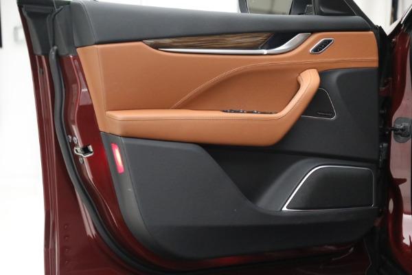Used 2018 Maserati Levante GranSport for sale Sold at Alfa Romeo of Greenwich in Greenwich CT 06830 20