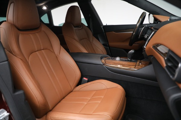 Used 2018 Maserati Levante GranSport for sale Sold at Alfa Romeo of Greenwich in Greenwich CT 06830 27