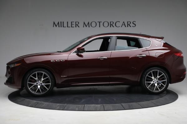 Used 2018 Maserati Levante GranSport for sale Sold at Alfa Romeo of Greenwich in Greenwich CT 06830 3