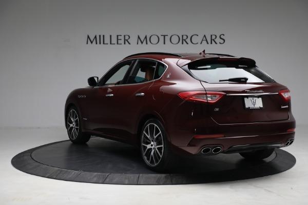 Used 2018 Maserati Levante GranSport for sale Sold at Alfa Romeo of Greenwich in Greenwich CT 06830 5