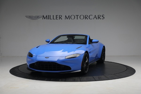New 2021 Aston Martin Vantage Roadster for sale $186,386 at Alfa Romeo of Greenwich in Greenwich CT 06830 11