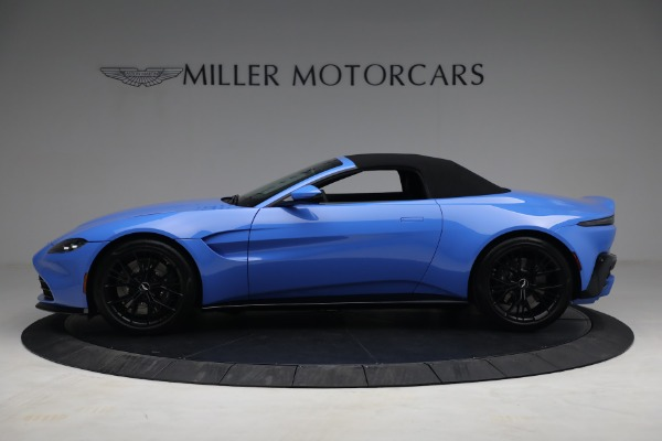 New 2021 Aston Martin Vantage Roadster for sale $186,386 at Alfa Romeo of Greenwich in Greenwich CT 06830 13