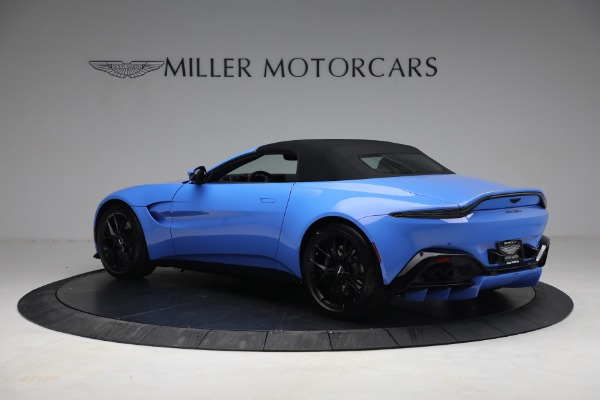 New 2021 Aston Martin Vantage Roadster for sale $186,386 at Alfa Romeo of Greenwich in Greenwich CT 06830 14