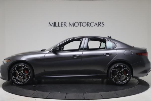 New 2022 Alfa Romeo Giulia Veloce for sale $52,845 at Alfa Romeo of Greenwich in Greenwich CT 06830 3