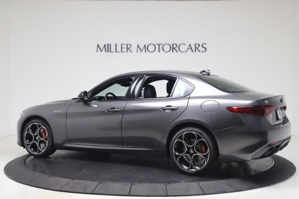 New 2022 Alfa Romeo Giulia Veloce for sale $52,845 at Alfa Romeo of Greenwich in Greenwich CT 06830 4
