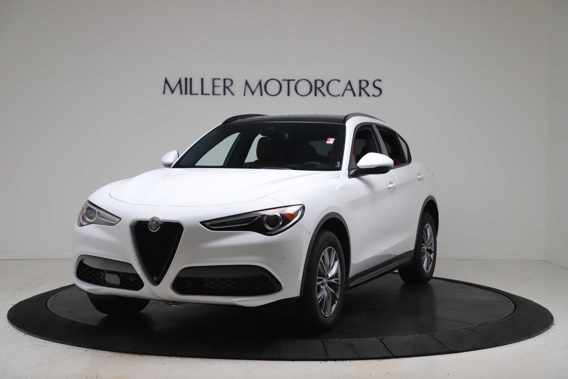New 2022 Alfa Romeo Stelvio Sprint for sale $52,245 at Alfa Romeo of Greenwich in Greenwich CT 06830 1