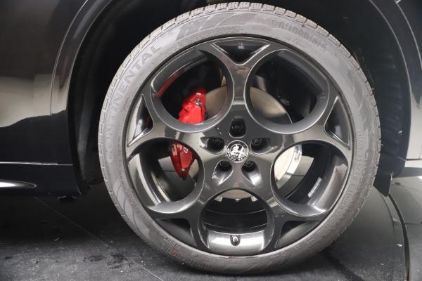 New 2022 Alfa Romeo Stelvio Veloce for sale Sold at Alfa Romeo of Greenwich in Greenwich CT 06830 24