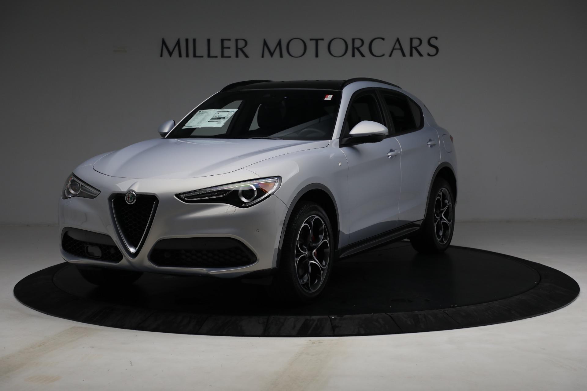 New 2022 Alfa Romeo Stelvio Ti for sale $55,805 at Alfa Romeo of Greenwich in Greenwich CT 06830 1
