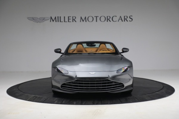 New 2021 Aston Martin Vantage Roadster for sale $174,586 at Alfa Romeo of Greenwich in Greenwich CT 06830 11