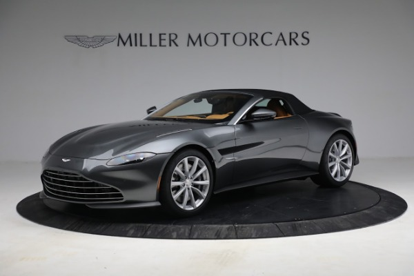 New 2021 Aston Martin Vantage Roadster for sale $174,586 at Alfa Romeo of Greenwich in Greenwich CT 06830 18