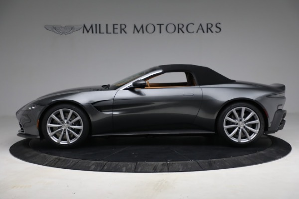 New 2021 Aston Martin Vantage Roadster for sale $174,586 at Alfa Romeo of Greenwich in Greenwich CT 06830 19
