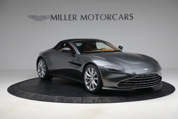 New 2021 Aston Martin Vantage Roadster for sale $174,586 at Alfa Romeo of Greenwich in Greenwich CT 06830 22