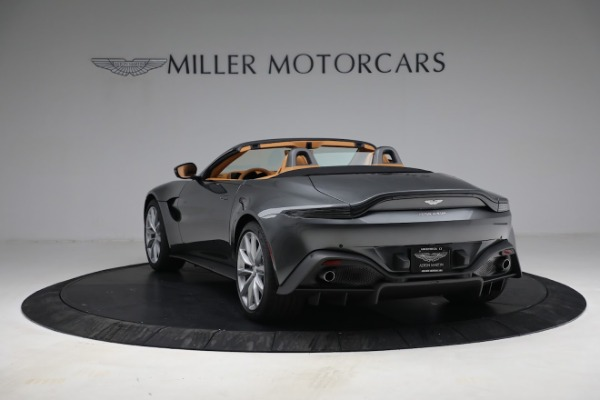 New 2021 Aston Martin Vantage Roadster for sale $174,586 at Alfa Romeo of Greenwich in Greenwich CT 06830 4