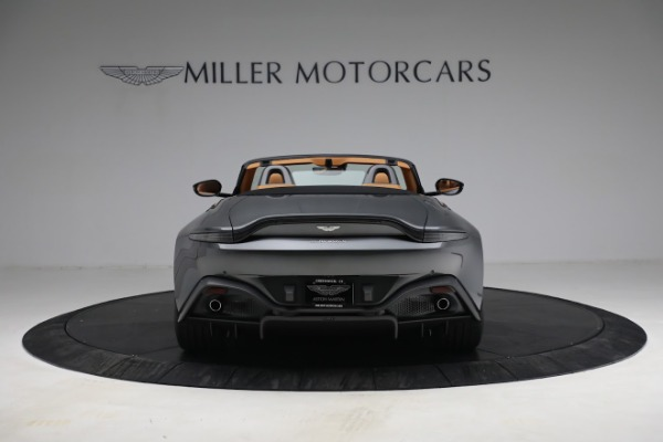 New 2021 Aston Martin Vantage Roadster for sale $174,586 at Alfa Romeo of Greenwich in Greenwich CT 06830 5