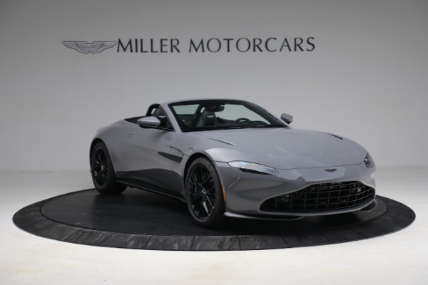 New 2021 Aston Martin Vantage Roadster for sale $180,286 at Alfa Romeo of Greenwich in Greenwich CT 06830 10