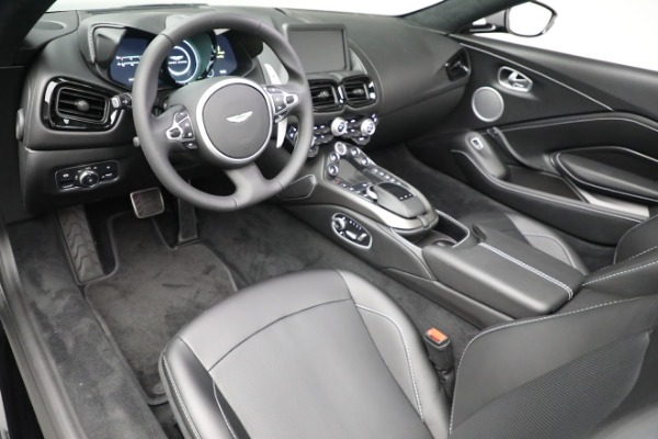 New 2021 Aston Martin Vantage Roadster for sale $180,286 at Alfa Romeo of Greenwich in Greenwich CT 06830 13