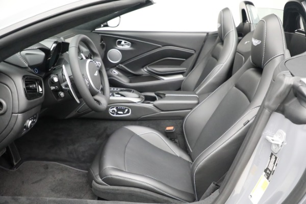 New 2021 Aston Martin Vantage Roadster for sale $180,286 at Alfa Romeo of Greenwich in Greenwich CT 06830 14