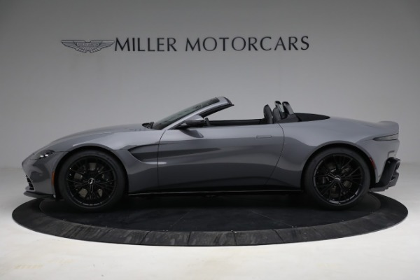 New 2021 Aston Martin Vantage Roadster for sale $180,286 at Alfa Romeo of Greenwich in Greenwich CT 06830 2