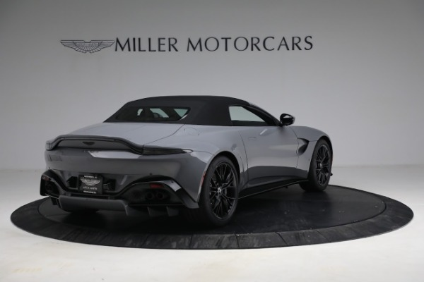 New 2021 Aston Martin Vantage Roadster for sale $180,286 at Alfa Romeo of Greenwich in Greenwich CT 06830 25