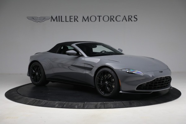New 2021 Aston Martin Vantage Roadster for sale $180,286 at Alfa Romeo of Greenwich in Greenwich CT 06830 26