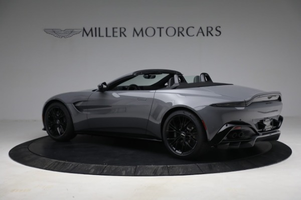 New 2021 Aston Martin Vantage Roadster for sale $180,286 at Alfa Romeo of Greenwich in Greenwich CT 06830 3