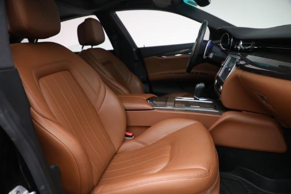 Used 2016 Maserati Quattroporte S Q4 for sale $46,900 at Alfa Romeo of Greenwich in Greenwich CT 06830 27