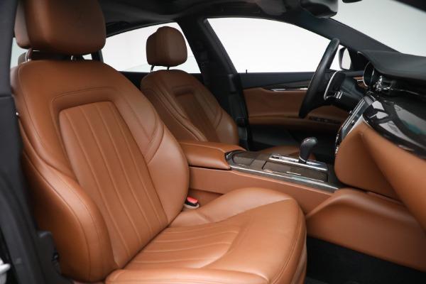 Used 2016 Maserati Quattroporte S Q4 for sale $46,900 at Alfa Romeo of Greenwich in Greenwich CT 06830 28