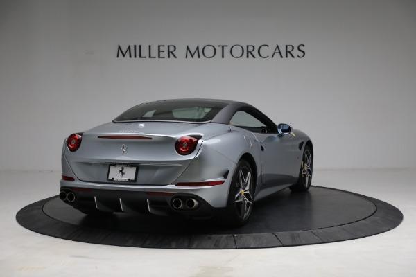 Used 2017 Ferrari California T for sale Sold at Alfa Romeo of Greenwich in Greenwich CT 06830 19