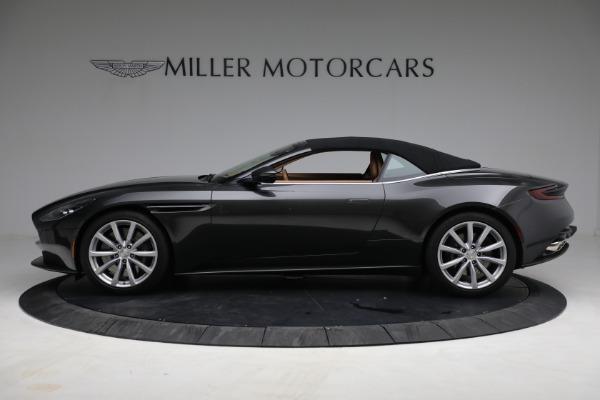 Used 2019 Aston Martin DB11 Volante for sale $212,990 at Alfa Romeo of Greenwich in Greenwich CT 06830 17