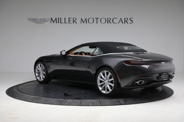 Used 2019 Aston Martin DB11 Volante for sale $212,990 at Alfa Romeo of Greenwich in Greenwich CT 06830 19