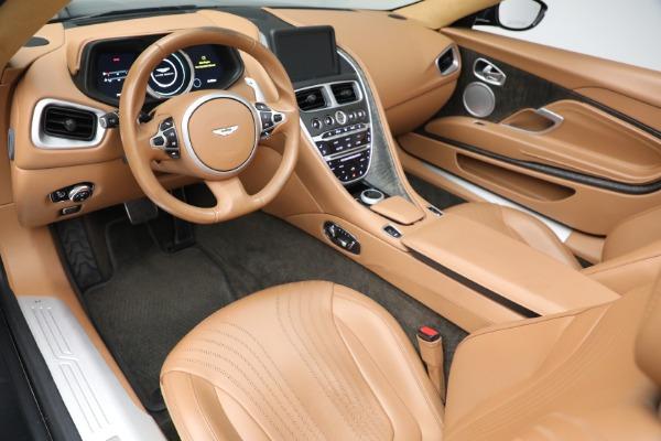 Used 2019 Aston Martin DB11 Volante for sale $212,990 at Alfa Romeo of Greenwich in Greenwich CT 06830 20