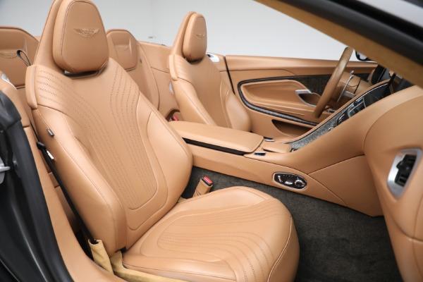 Used 2019 Aston Martin DB11 Volante for sale $212,990 at Alfa Romeo of Greenwich in Greenwich CT 06830 23